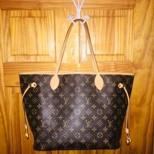 AUTHENTIC LOUIS VITTON MONOGRAM Neverfull MM